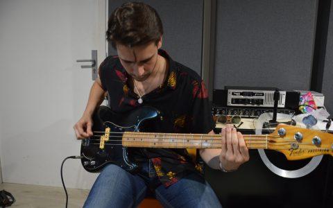 enregistrer une basse en studio d'enregistrement à Marseille